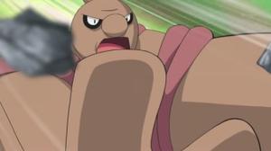 Durante varios segundos el Conkeldurr de Trip tiene la nariz del color de su piel.