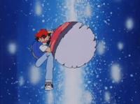 Ash lanzando la Poké Ball.