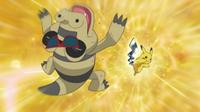Pikachu usando cola férrea sobre el Sandile con Gafas