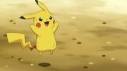 EP766 Pikachu celebrando su victoria.png