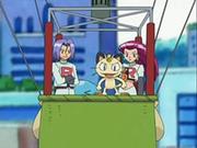 EP533 Team Rocket en su globo (2).png