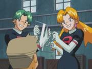 EH08 Cassidy y Butch torturando a Oak con un vidrio.png