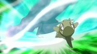 Garchomp usando carga dragón.