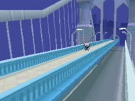 Sky Arrow Bridge desde lado.png