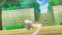 Bunnelby usando doble bofetón contra el Pikachu de Ash.