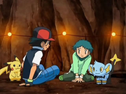 EP560 Ash y Angie a salvo.png