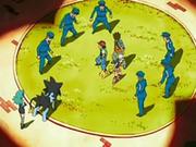 EP528 Policías rodeando a Ash, Maya y Brock.png