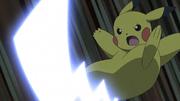 EP1103 Pikachu usando cola férrea.png