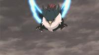 Honchkrow usando despejar. Primero sus alas brillan mientras aletea.