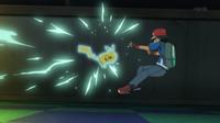 Pikachu usando ataque rápido.