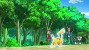 EP857 Pikachu usando ataque rápido.png