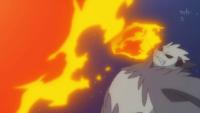 Pangoro salvaje usando puño fuego.