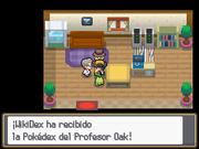 Recibiendo la Pokédex en Pokémon Oro HeartGold y Plata SoulSilver.