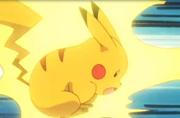 Pikachu usando Impactrueno...