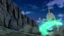 Onix salvaje usando cola dragón.