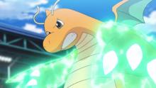 Dragonite de Ash usando garra dragón.